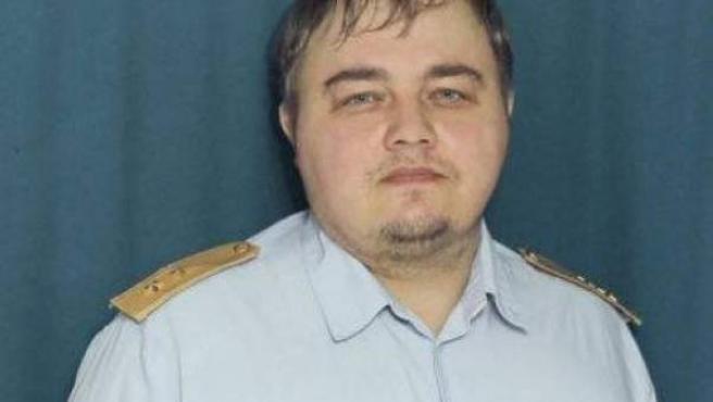 Un agente de Policía ruso revoluciona Twitter por su parecido con Leonardo DiCaprio.