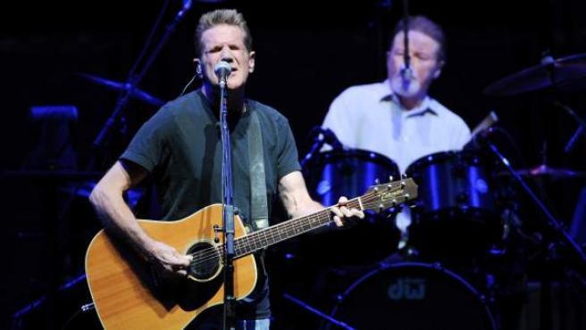Glenn Frey, junto a Don Henley, en un concierto de 'The Eagles' en el Madison Square Garden en Nueva York.