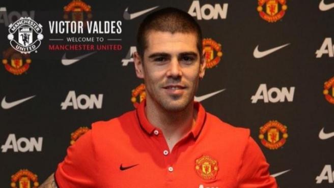 Víctor Valdés, nuevo portero del Manchester United.