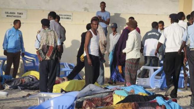 Atentado terrorista contra un resort de playa en Mogadiscio, Somalia.