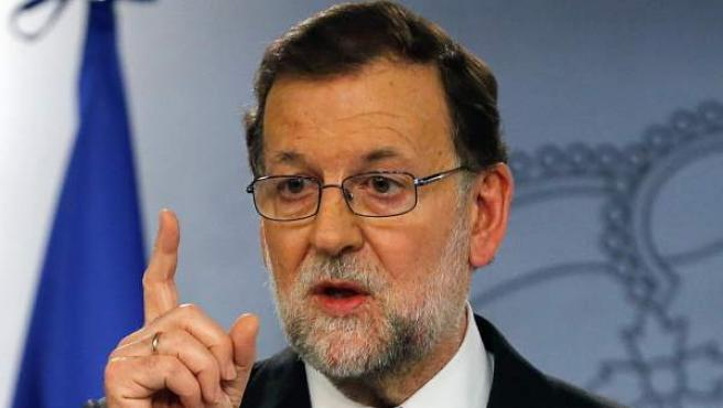 El presidente del Gobierno español en funciones, Mariano Rajoy, durante la rueda de prensa que ha ofrecido en La Moncloa tras la reunión que ha mantenido con el rey Felipe VI