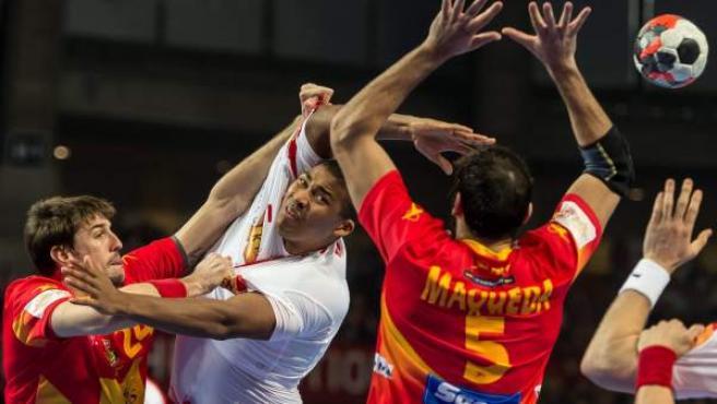 España sufrió ante Dinamarca en Breslavia la primera derrota del Europeo de Balonmano 2016.