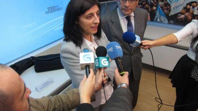 Ángeles Vázquez y el secretario general de Agricultura, Carlos Cabanas