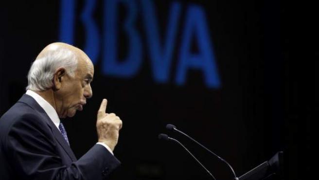 El presidente del BBVA, Francisco Gonzalez, durante la rueda de prensa que ofreció en la sede central del banco para presentar los resultado de la entidad.