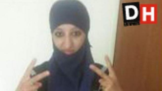Imagen de Hasna Aitboulahcen, la prima de Abdelhamid Abaaoud que murió en el asalto al apartamento de Saint Denis.