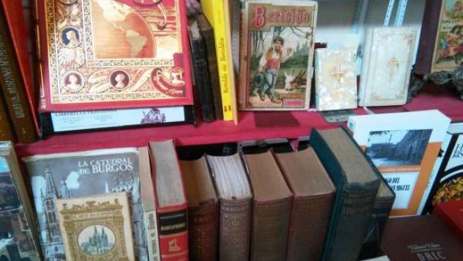 Ejemplares a la venta en el Salón del Libro Antiguo 'Ciudad de Burgos'