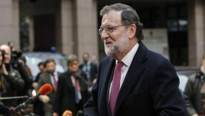 El presidente del gobierno español en funciones, Mariano Rajoy, a su llegada a la cumbre de líderes de la Unión Europea (UE) en Bruselas, Bélgica.