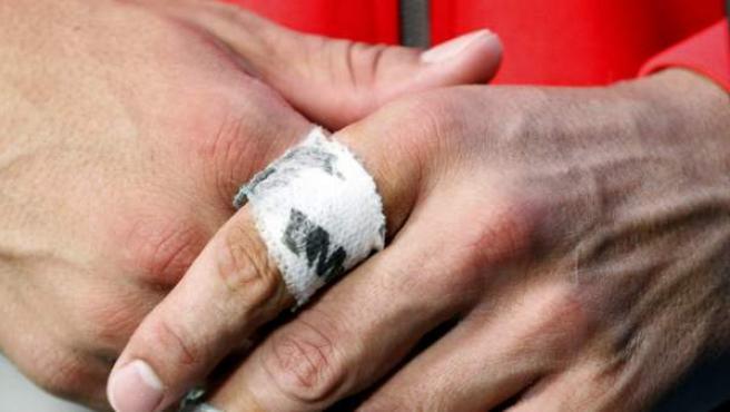 Crujirse los dedos, una práctica habitual y parece que perjudicial