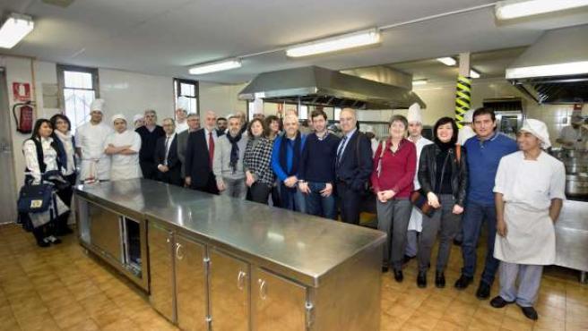 Tras la reunión con Educación, se celebró una comida en el CI Burlada FP.