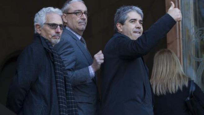 Homs ha hecho una señal de victoria antes de entrar en el TSJC.