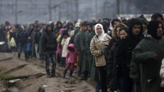 Refugiados atrapados en el lado Griego de la frontera con Macedonia.