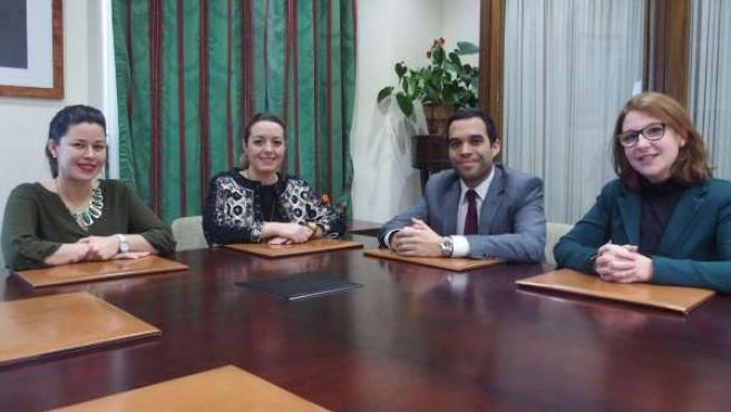 Cabrera (IAJ) con Asociación de Jóvenes Abogados de Málaga