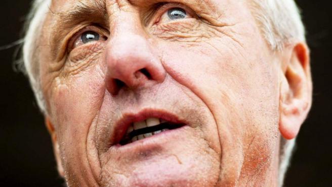 Johan Cruyff durante el día de puertas abiertas de la Fundación Johan Cruyff en el Estadio Olímpico en Amsterdam, en 2014.