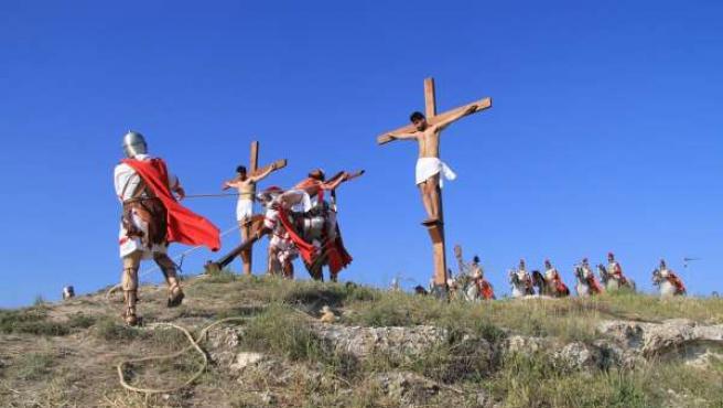Crucifixión de la Semana Santa Viviente de Cuevas del Campo