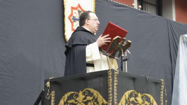 Luis Miguel García Palacios a punto de iniciar el Sermón