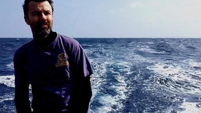 Pau Donés, dedicado a la navegación tras su tratamiento contra el cáncer.