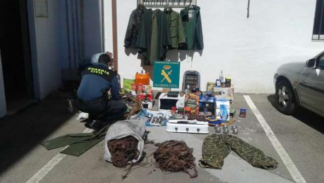 Efectos robados en casas de campo de Granada