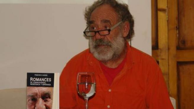 El actor Paco Algora, en la presentación de su libro 'Romances', en 2013.