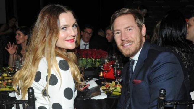 La actriz Drew Barrymore, junto a Will Kopelman el pasado 21 de enero de 2016 en un evento en Nueva York.