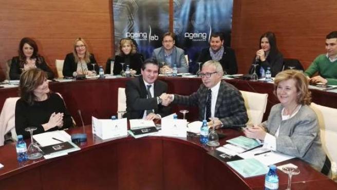 Firma del convenio entre Ageing Lab y la Escuela Andaluza de Salud.