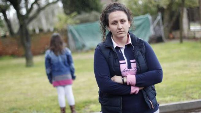 Susana Guerrero mantiene escondida a su hija de diez años, Nayara.
