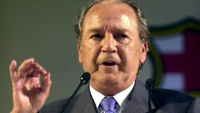 Josep Lluis Núñez, en una de sus últimas intervenciones como presidente del FC Barcelona, en julio del año 2000.
