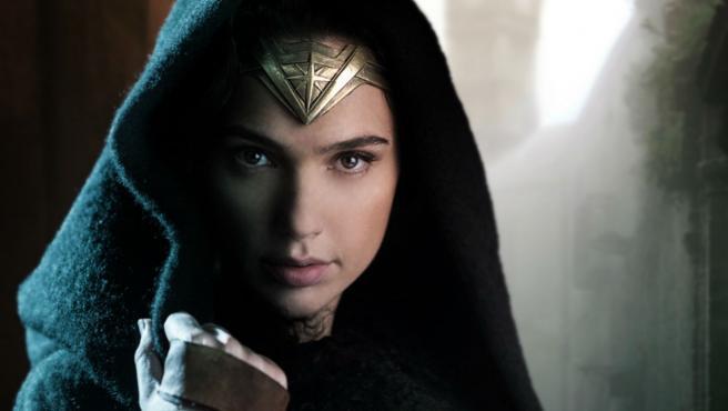 "Gal Gadot: ""'Wonder Woman' es bastante oscura"""
