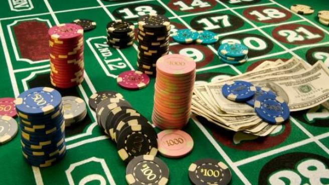 Mesa de póquer de un casino.