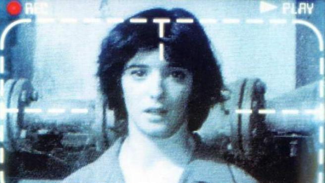 Detalle del póster de 'Tesis' con Ana Torrent.