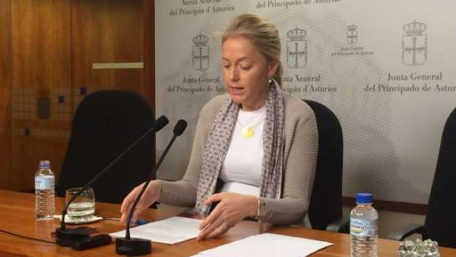 La presidenta de Foro, durante la rueda de prensa.