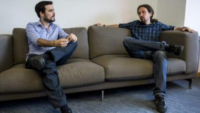 Alberto Garzón y Pablo Iglesias en una reunión que tuvo lugar el pasado mes de junio en Madrid.