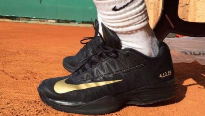 Las zapatillas que ha lucido Rafa Nadal en Montecarlo como homenaje a Kobe Bryant.
