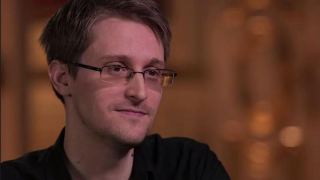 El exanalista de la CIA Edward Snowden, en una entrevista en la HBO.