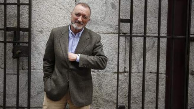 El escritor Arturo Pérez Reverte durante la entrevista con la 'Agencia EFE'.