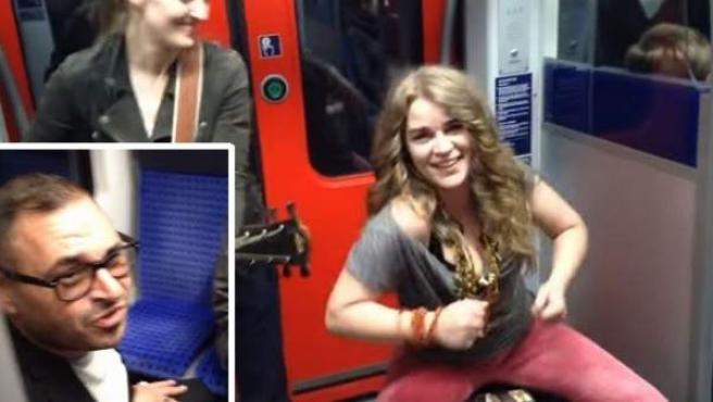 Músicas ambulantes en un tren en Frankfurt, a las que se une un espontáneo.