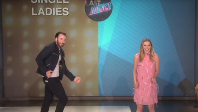 [Vídeo del día] Chris Evans y Elizabeth Olsen: guerra de bailes