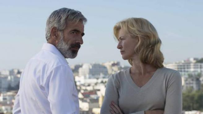 Imanol Arias y Ana Duato en 'Cuéntame'.