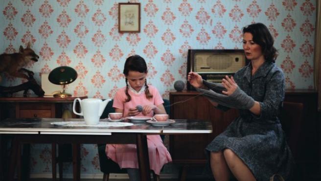 Captura de la instalación de vídeo 'Die Faust', de Veronika Veit