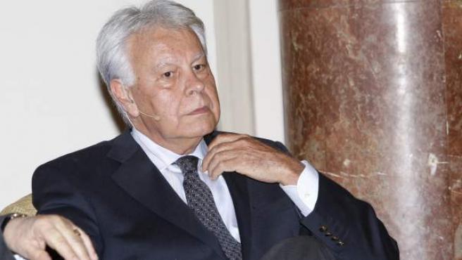 El expresidente del Gobierno, Felipe González, en un coloquio en Madrid el pasado mes de abril.
