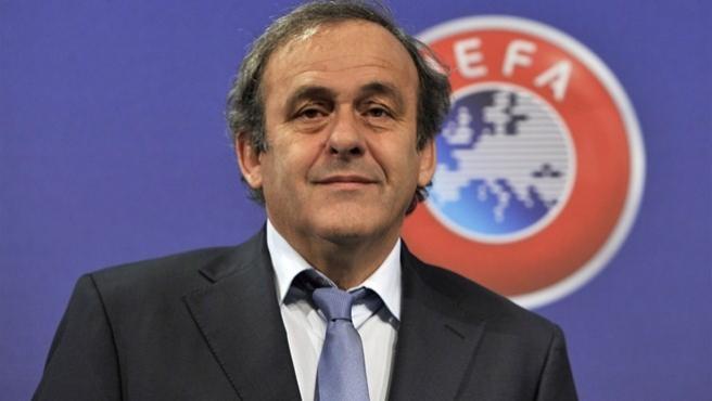 El presidente de la UEFA Michel Platini, posa durante un acto oficial en 2014.