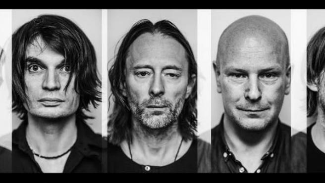 Los componentes de la banda británica Radiohead.