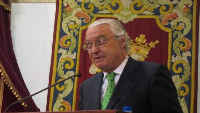 Ladislao Azcona.