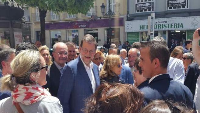 Mariano Rajoy en un paseo por Málaga capital. Mayo de 2016
