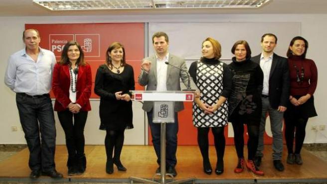 Luis Tudanca con los candidatos del PSOE por Palencia en las Generales de 2015