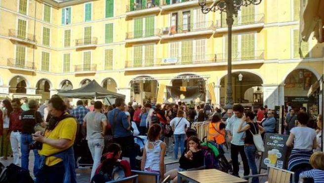 La Plaza Mayor, esta tarde, durante la Diada per la Llengua