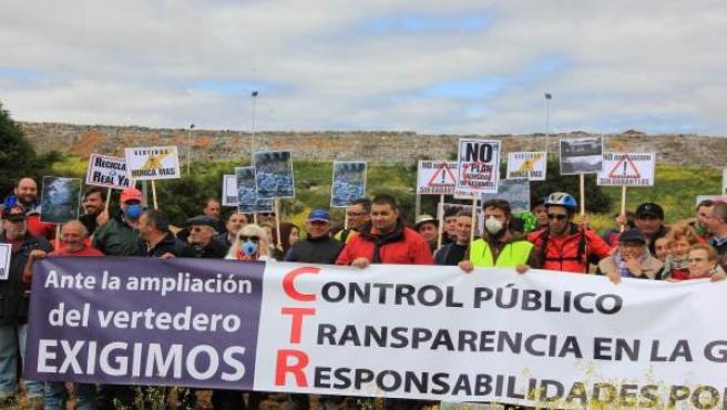 Manifestación en contra del CTR de San Román de la Vega