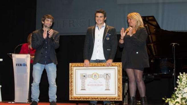 Entrega de la Medalla de Plata de Ferrol a Javier Gómez Noya