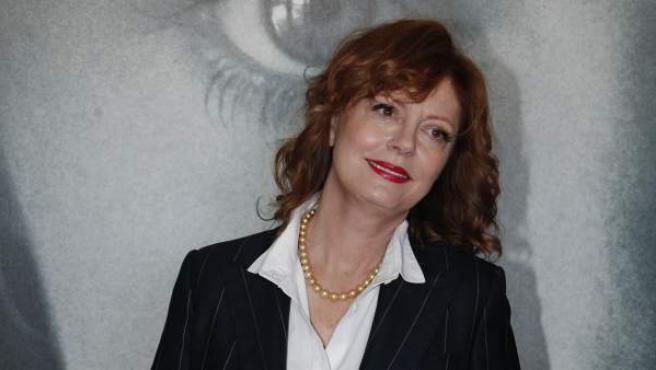 La actriz Susan Sarandon posa ante la prensa en el marco del programa 'Women in Montion', en paralelo al Festival de Cannes.