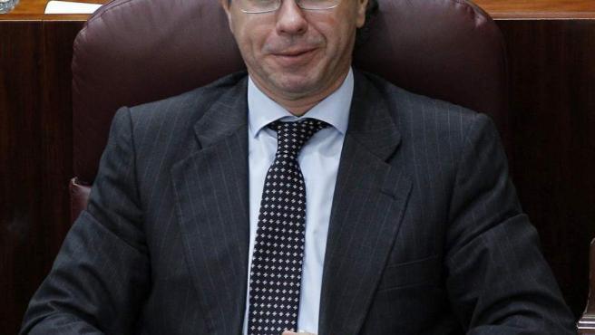 Imagen de archivo de 2011 de Francisco Granados durante el pleno de investidura de Esperanza Aguirre como presidenta de la Comunidad de Madrid.