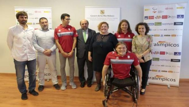 Foto de los cinco paralímpicos de Baleares